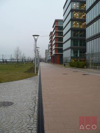 Millennium Towers V150S folyóka