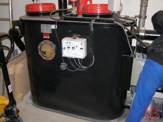 Hydrojet OAE NG típusú teljesen automatizált zsírleválasztó berendezés a Győri Árkád bevásárlóközpontban