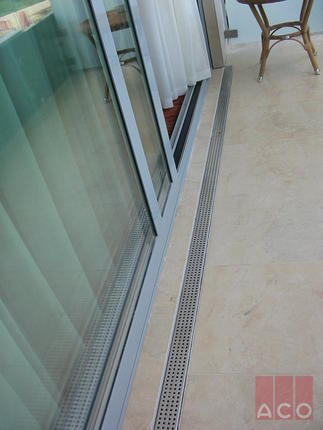 Visegrádi Hilton terasz vízelvezetése